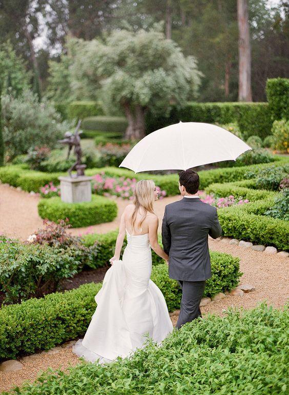 Rustic and Romantic Rainy Day Wedding