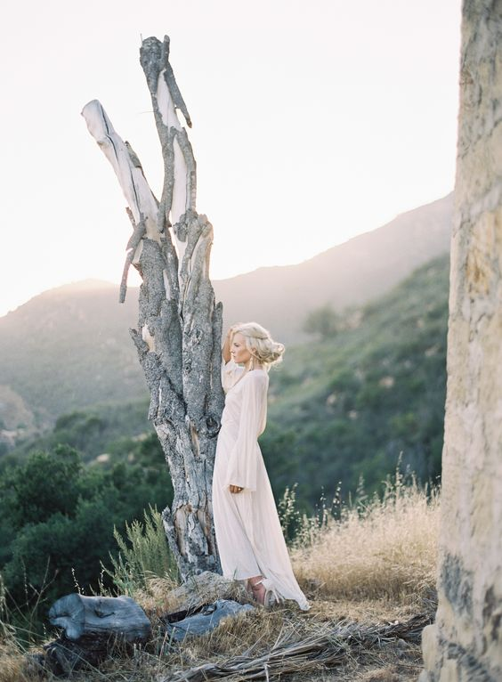 Bohemian bridal inspiration with soft pastel hues