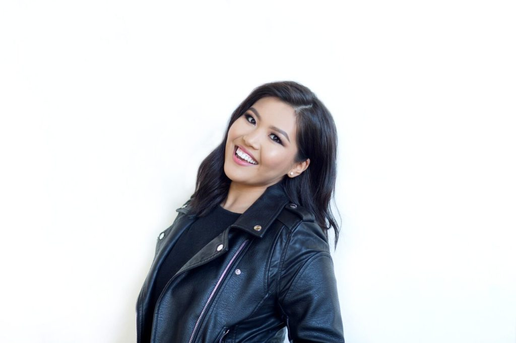 TEAM Spotlight / Primary Stylist and Makeup Educator Marla N.