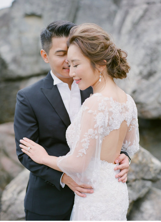 An awe-inspiring Hong Kong Engagement Session