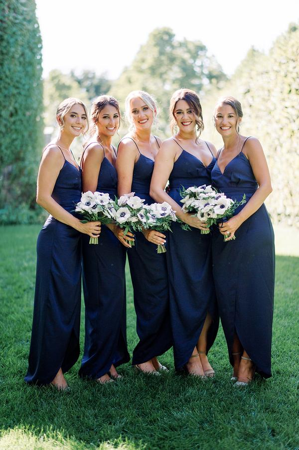 Chic bridesmaids